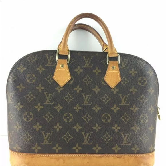 Louis Vuitton Handbags - Authentic Louis Vuitton alma tote bag